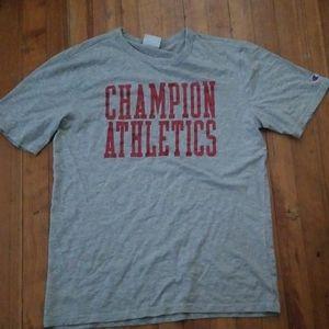 Champion, size Large, tshirt